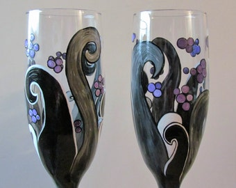 Black & White Wedding flutes,Beach Wedding glasses,Wave glasses,Ocean Champagne flutes,Black and white,painted toasting flutes