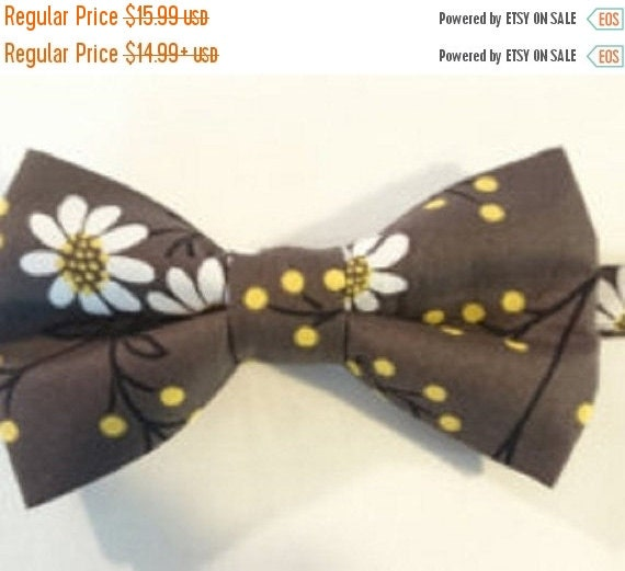 "Winter Sale Sale CLEARANCE   Pre-Tied Bow Tie in Dark Gray with White  ""Daisies"" Adult"
