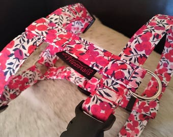"""Liberty of London """"Berries"""" Adjustable Dog Harness (traditional style)"""
