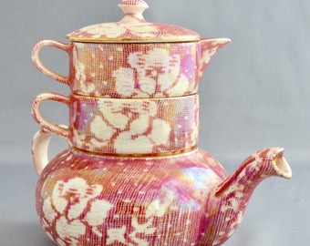 Individual stacking teaset by Royal Winton in Rose brocade pattern