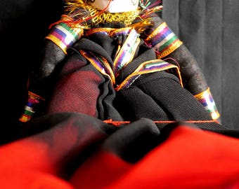 Rajasthani Puppet/Doll (black/red lady)