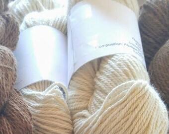 Skein of Alpaca fiber - natural - 100% alpaca - white color Alpaca Marquis without dye