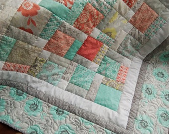 Shabby Chic Quilt / Baby Quilt / Cottage Chic Quilt /Pastel Quilt / Gender Neutral Quilt / Quilt for Sale / Ready to ship
