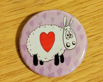 Cute sheep badge, Heart Sheep, cute badge, animal puns, sheep gifts, gifts for him, gifts for her, purple badge, sweet button badge
