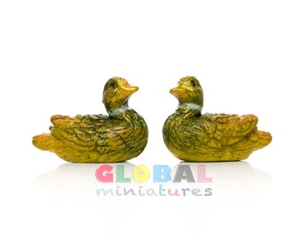 Dollhouse Miniatures Pair of Green Duck