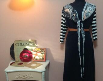 Maxi dress. Navy Dress. 1990 Dress. Vintage Dress. Navy Dress. 90's. Navy and White Vintage Dress For Women 1990's. Free Shipping. Size M-L