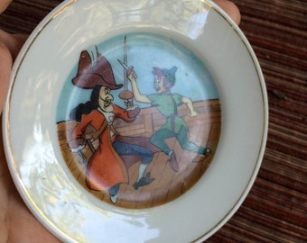 Peter Pan Plate,Disney Collectible Plate,Peter Pan Collectible,Disney Collectible,60s Disney,Captain Hook,Captain Hook Collectible,Peter Pan