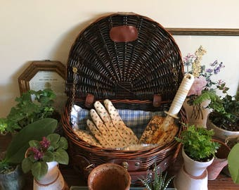 Vintage crescent picnic wicker basket