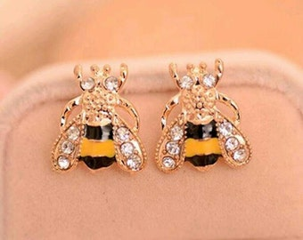 Bubble Bee stud Earrings, Gold Bee Earrings. Gold Earrings, Stud Earrings, Insect earrings, yellow earrings