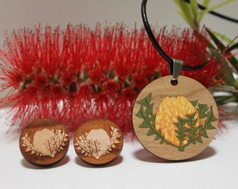 Wood Pendant Necklace and Flower Earring Stud Set, Handpainted Flower Studs, Laser Cut Wood Jewellery, Australian Flower, Banksia