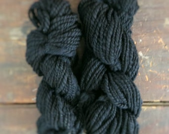 Hand Spun Yarn : 100% Merino Top Wool