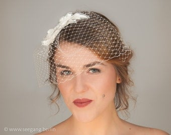 Bridal Fascinator, Bridal Headpiece, Bridal veil, Bridal veiling, lace, offwhite, bridesmaid