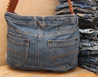 Recycled denim bag , denim cross body bag , upcycled denim bag, denim shoulder bag , blue jeans shoulder bag, handmade denim bag , hipster