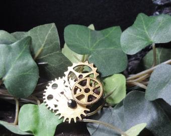 Small Steampunk Brooch Bronze & Black