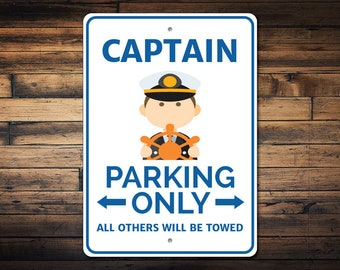 Captain Parking Sign, Captain Sign, Ship Captain Decor, Captain Gift for Captain Ship Sign, Boat Owner Gift - Quality Aluminum ENS1002768