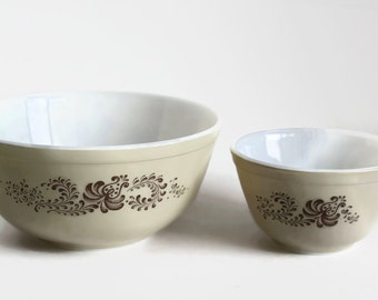 Vintage Pyrex HOMESTEAD Mixing Bowls, Set of 2, 401 Pyrex Bowl, 403 Pyrex Bowl, Tan and Blue Flower, Floral Pyrex Bowl, Speckled Pyrex Bowls