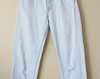 Vintage 90's Perfectly Faded and Distressed White Levi's Jeans 32 x 31