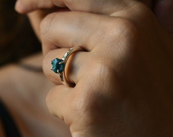Swedish blue handmade silver ring from Northen Sweden