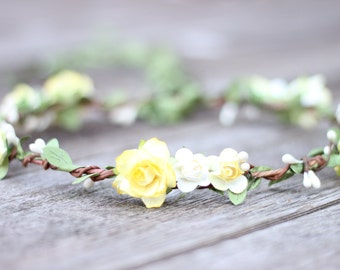 Yellow Flower Crown Girl, Flower Crown Wedding, Paper Flower, Bridal Floral Crown, Green Garland Hair Wreath, Pale Yellow Wedding Hair Crown