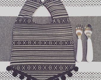 Monochrome Pom Pom Bib // Baby Bib // Baby Shower Gift // by Elle Lee and Me