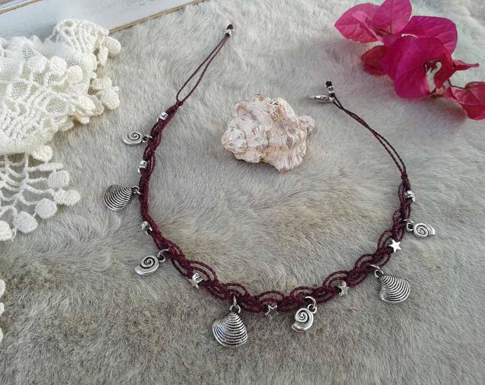 Anklet bracelet, macrame anklet, choose between 10 colors of thread, with silver forniture, shells and snails, shipping cost included