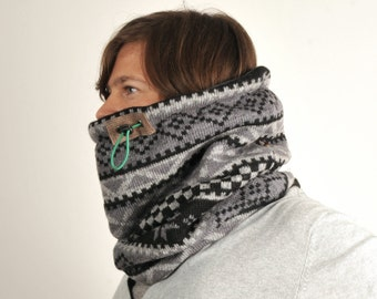 Nordic knit snood, Mens oversized cowl, Snock® in geometric Christmas wool knit
