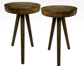 Modern Pair of Side Tables in Walnut by Candlewood Furniture End Table Bar Stool, Bedside Table, Nightstand, Wood