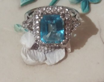 Beautiful Swiss Blue Topaz & White Sapphire Sterling Silver Ring