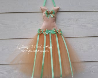 Peach and mint tutu bow holder. Vintage inspired tutu bow holder. Princess tutu bow holder. Cute birthday, baby shower, and Christmas gift