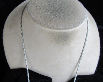 Vintage Silvertone & Clear Rhinestone Pendant Necklace