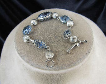 Vintage Silvertone Beaded & Blue Glass Beaded Bracelet