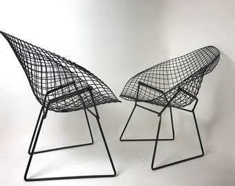 SOLD Pair of iconic Mid-Century Modern Diamond lounge chairs designed by Harry Bertoia for Knoll