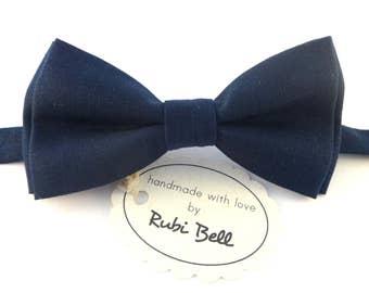 Dark blue linen bow tie, navy bow tie, bow ties for men, wedding bow tie, dark blue bow tie