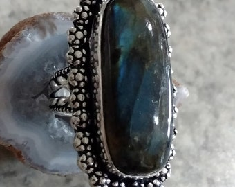 Beautiful Labradorite Ring, Size 6 1/2