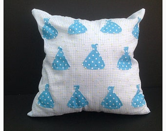 Cushion in 1950's dress applique