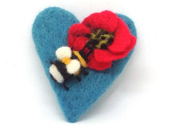 Needle Felted Brooch ,  Handmade, Needle Felted heart with Poppy and Bee, Handmade Brooch, Gift For Her, Valentines day, Mothers Day