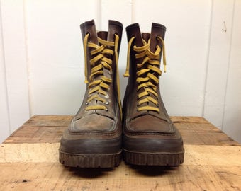 Duck lined work boots
