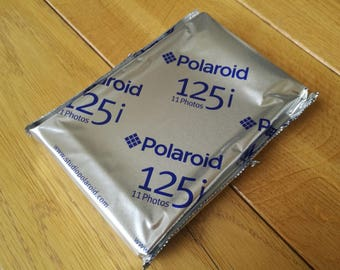 Polaroid 125i color film expired 05/2007 (3packs available)