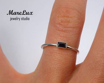Black Diamond Baguette Cut Sterling Silver Ring, Black CZ Stacking Ring, Silver Black Cubic Zirconia Ring, 925 Silver Stackable Dainty Ring