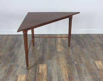 Vintage Mid Century Corner side table/endtable/Desk