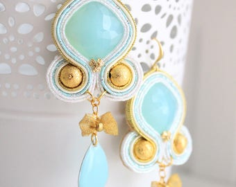 Mint green and gold soutache earrings with golden bow and green mint pendant. Handmade. Weddings and special occasions