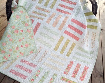 """Twin sized quilt or large throw, pick up sticks, peach, green, cream 73"""" x 85"""""""