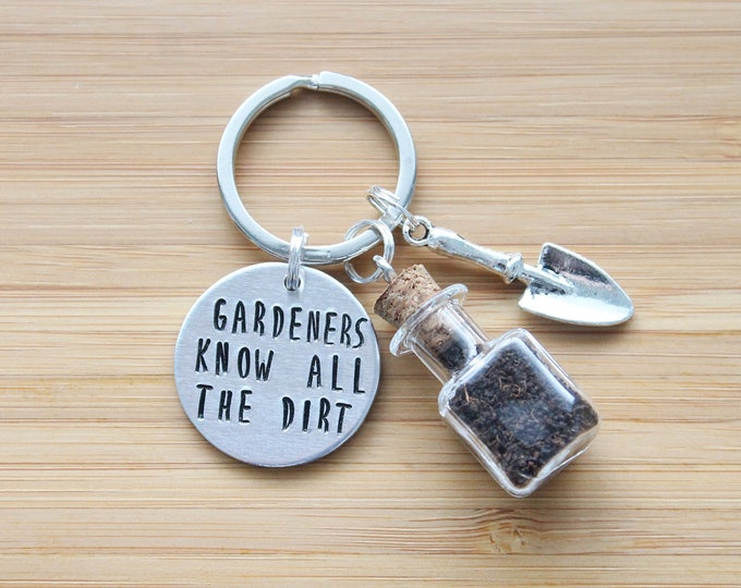 Featured listing image: hand stamped keychain | gardeners know all the dirt
