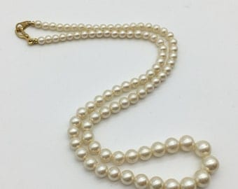 Graduated Faux Pearl Vintage Necklace with Gold Tone Clasp, 18""
