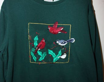 Vintage Green Winter Sweatshirt With Holly and Birds