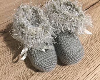 Ankle Ruffle Baby Booties