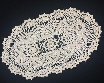 Crocheted Doily. Vintage Oval Crochet Lace Doily. Oval Crocheted Ivory/Ecru Cotton Lace Doily. Chunky Oval Crochet Lace Doily. RBT1717