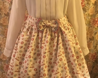 Littles skirt: Toy box