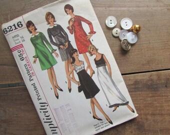 Simplicity 6216 Vintage Dress Pattern Size 16