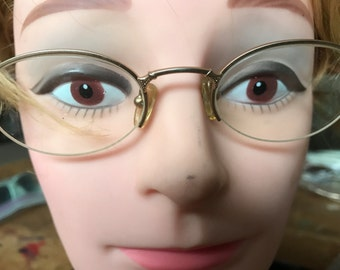 Half rimmed vintage eyeglasses- good detail